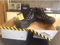 Safety Boots brand new unworn size 10