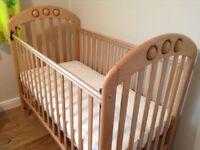 Child's cot
