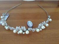 Bridal or bridesmaid hair accessory