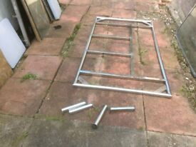 Stainless steel roof frame for RV or campervan with 4 legs