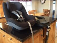 Maxi Cosi Car Seat and Family Fix Base