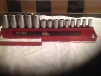 Mac tools 3/8 drive deep sockets on rack 6 mm to 19 mm