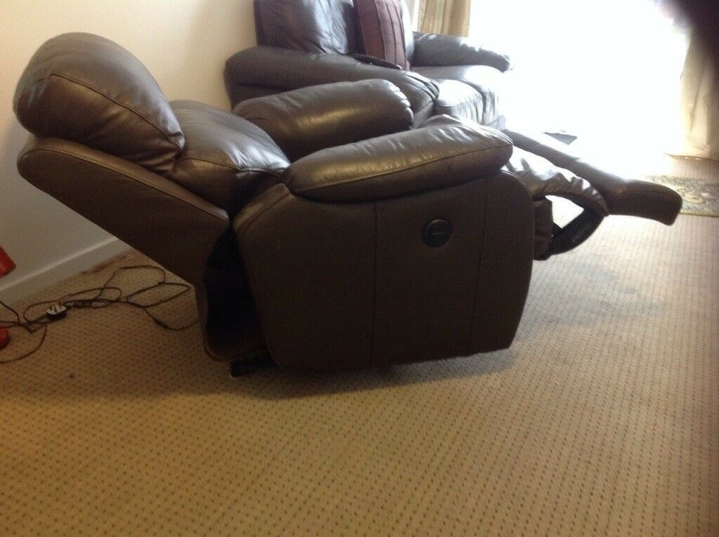 Electric recliner as new