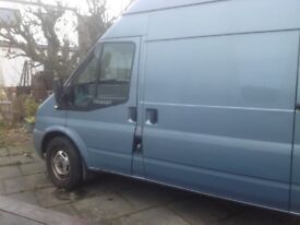 Ford Transit 115 T350L RWD 2.4 Van