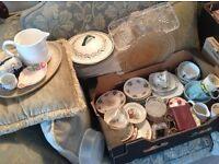 Box of mixed vintage crockery