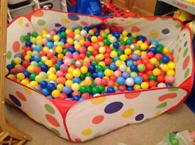 Lots of balls and ball pit