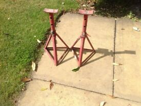 Axle stands suitable for light car/van shed clear out