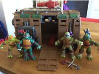 Teenage mutant ninja turtle bundle(see all pictures)
