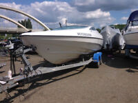 Shakespeare 600 Speedboat With Small Cuddy