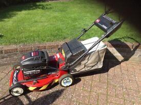 Toro 48cms cut rotary lawnmower with mulch facility.