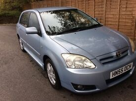 Toyota Corolla 1.6 VVTI with VERY LOW MILEAGE - REDUCED for QUICK SALE
