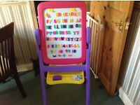 Crayola quick flip 2 Sided easel