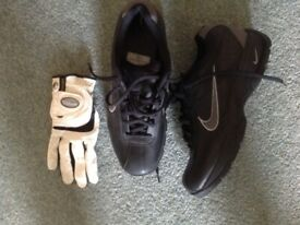 Tour Steel golf bag, clubs and new Nike golf shoes