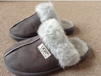 UGG slippers grey size 6 as new