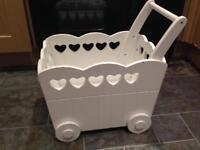 Vertbaudet children's wooden trolley (white)
