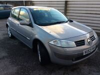 53 RENAULT MEGANE HATCHBACK WITH PANORANIC ROOF DIESEL IN GOOD CONDITION .