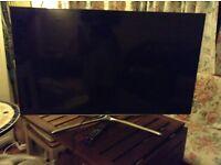 Smart Samsung TV ideal for home cinema