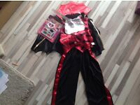 Kids 5-6yrs Vampire 5 piece Halloween new with tags