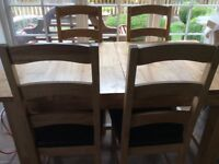 Maple wood effect extending table and 6 chairs