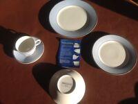 4 place setting Doulton tea service