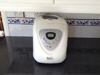 Bread maker - Morphy Richards
