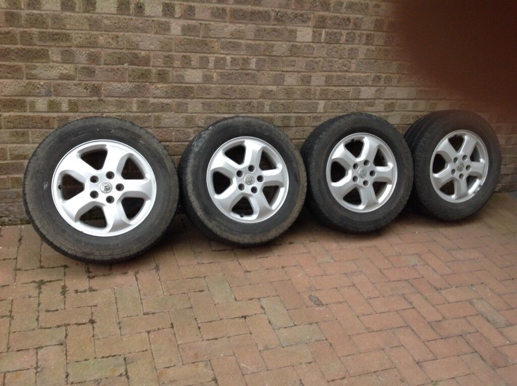 Original Alloy wheels for Vauxhall Vivaro Sportif. REDUCED!!