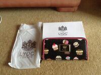 L Y D C ladies cupcake purse