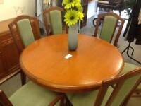 Dinning room table 6 chairs