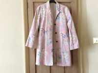 Superb ladies Boden coat. Lovely colours and pattern.