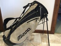 Reasonable condition Mizuno golf bag with shoulder strap and stand