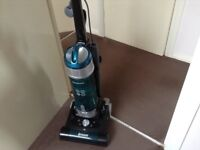 HOOVER BREEZE TEAL EXCELLENT CONDITION.