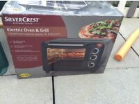 Electric oven and grill