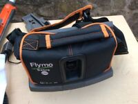 Hedge trimmer flymo