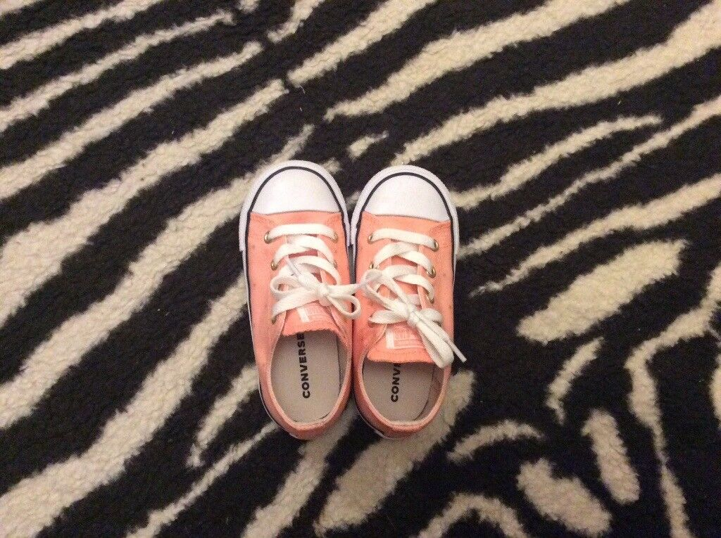 5816816a38521d Brand new pink converse with stars size uk 9 (age 3-4)
