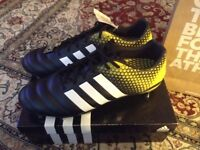 Men's Adidas Kakari Rugby Boots Large size 15 wide fit me in box RSP £180