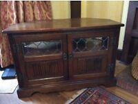 Old Charm TV Corner Cabinet. Medium Oak.