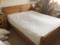 King size solid wood sleigh bed vgc £125