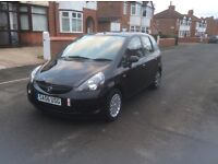 Honda Jazz 1.2 S 5dr hatchback petrol manual 2006 black colour 1 lady owner full history £1850.