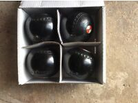 Lawn bowls , Henselite size 4 , used condition
