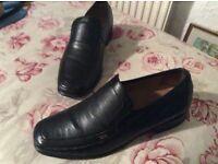 Men's shoes Barker black casuals