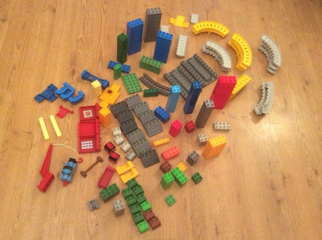 Thomas mega block and track pieces