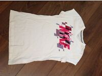White Nike t-shirt Girls XL Age 13-15
