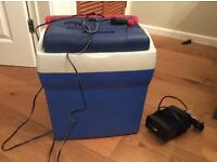 Electric coolbox, Gino Style, good condition, perfect for camping, picnics. Plus Halfords adapter