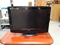 Bush HD 19 inch Television with CD player