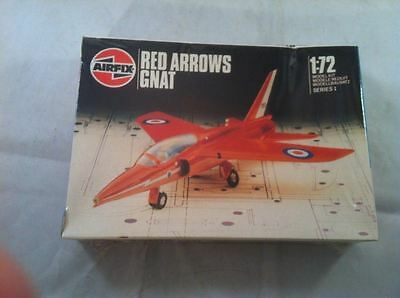 AIRFIX RED ARROWS Hawker Siddeley Gnat 1/72 MODEL KIT 01036