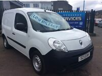 2011 RENAULT KANGOO 1,5 STUNNING CONDITION FULL YEARS MOT *LOW MILES* PLY LINED **SAT NAV**!!!