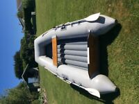 ACHILLES INFLATABLE DINGHY/TENDER MADE FROM HEAVY DUTY HYPALON HIGH PERFORMANCE MATERIAL