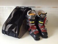 Solomon ski boots men's, size 9, nearly new used only 2 one week trips.