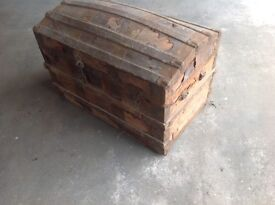 Bow top trunk (in need of restoration)