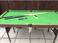 Kids snooker table